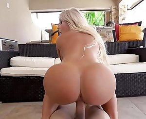 Brandi Bae has flawless ass!