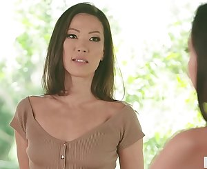MOMMY'S GIRL - Stepmom India Summer having sapphic sex with Karlee Grey and Kalina Ryu