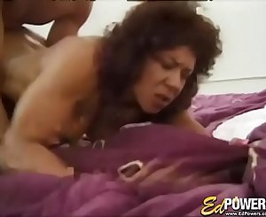 Muscular babe Kitana Steele presents dick railing exercise